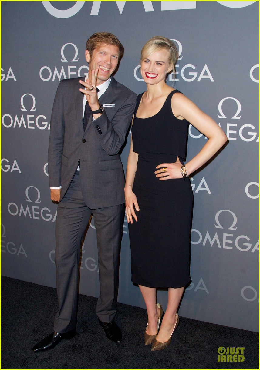 taylor schilling jaime king hang out omega event 203132818