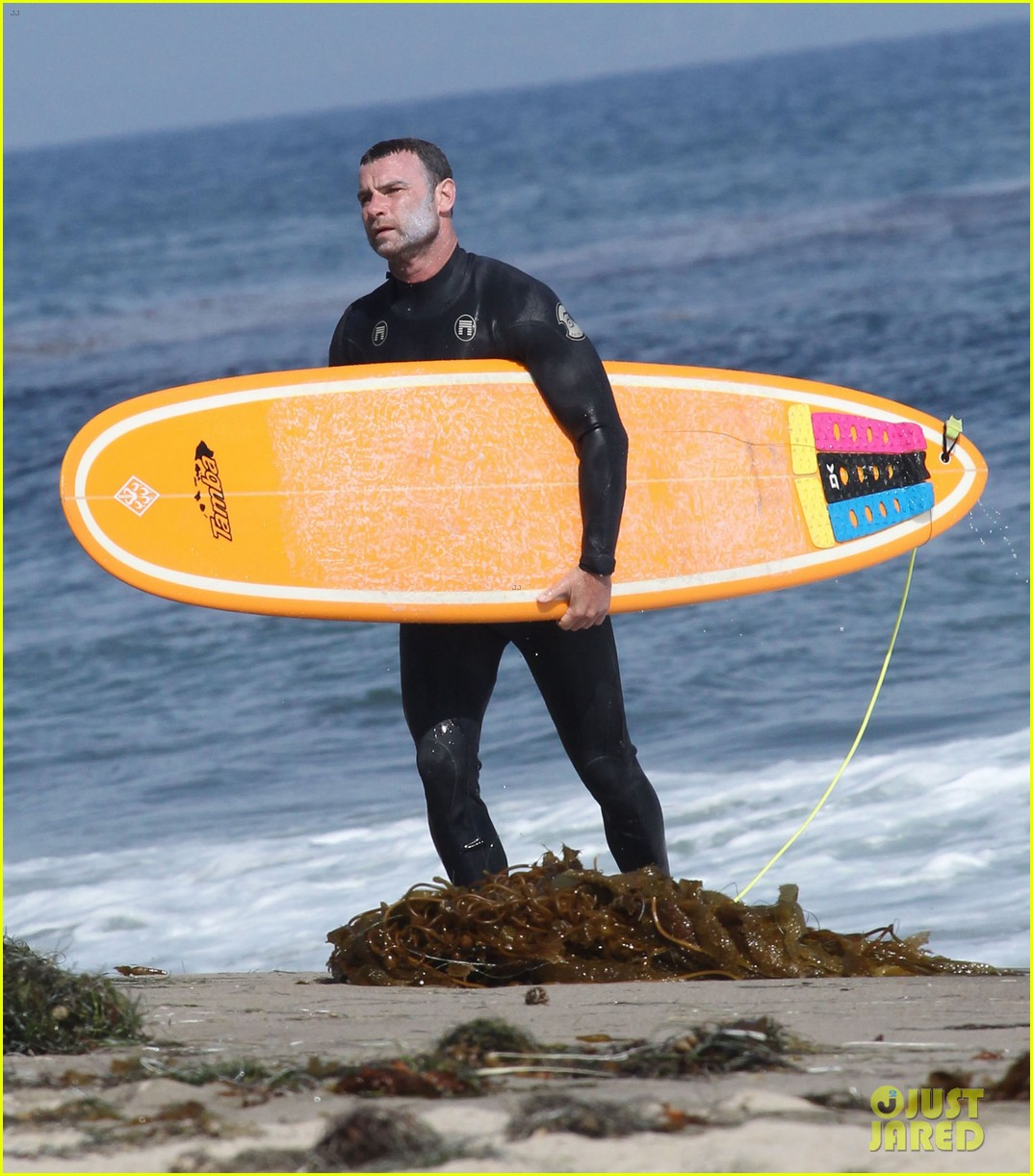 liev schreiber legs complimented by ang lee 223141730