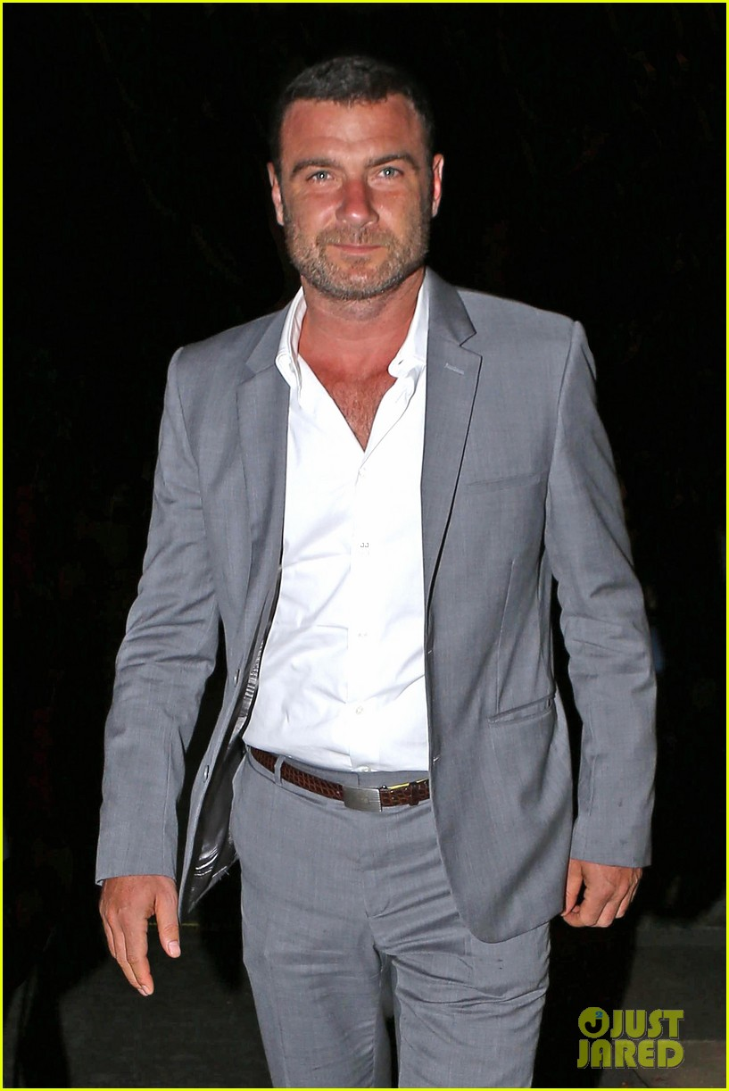 liev schreiber ray donovan season two trailer 023135039