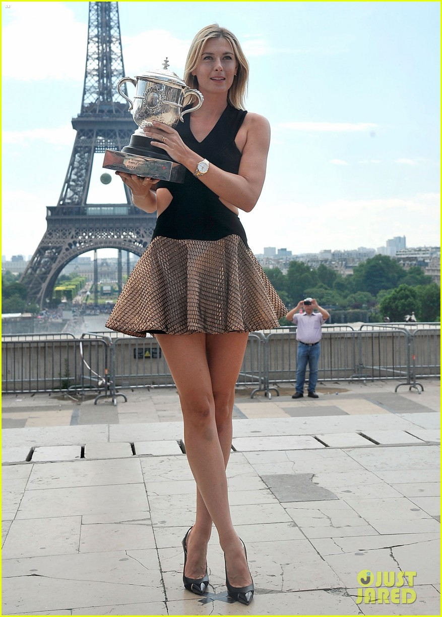 maria sharapova rafael nadal french open trophies 07