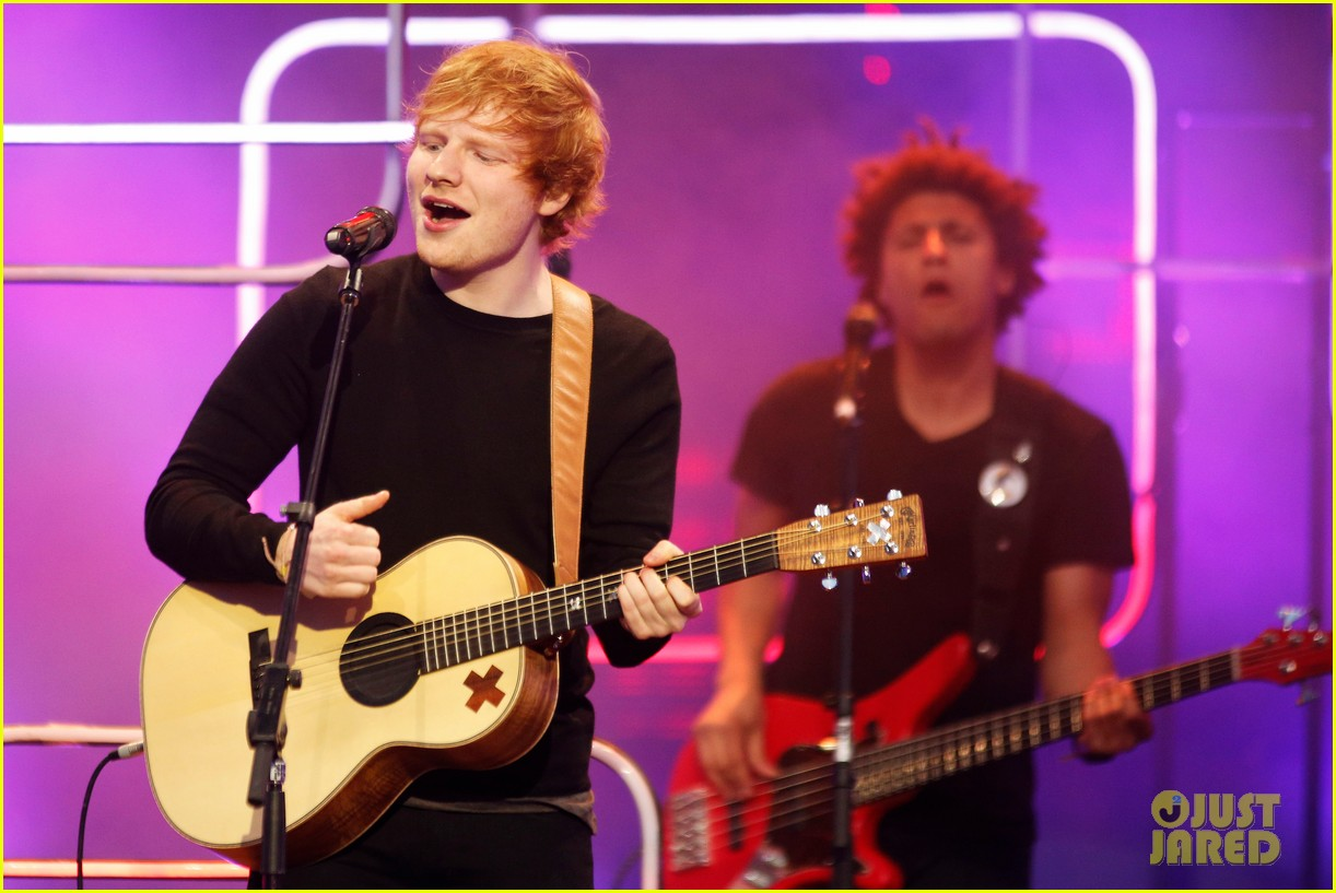 ed sheeran sing video mmvas 2014 043136276