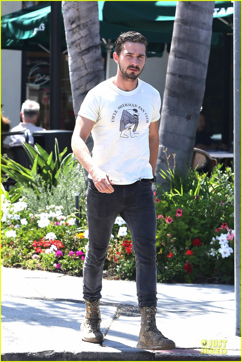 shia labeouf makes us notice flashing uncle sherman 083136843