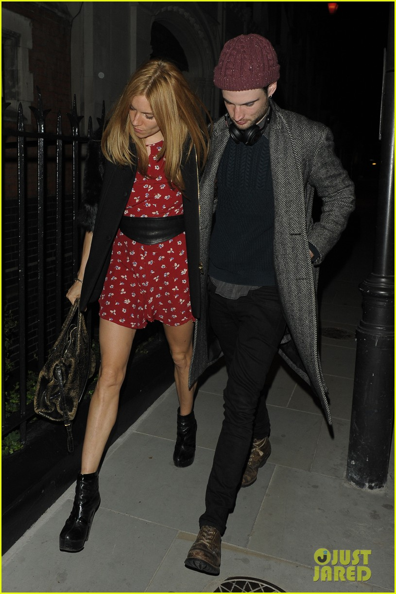 sienna miller tom sturridge date night in london 023129771