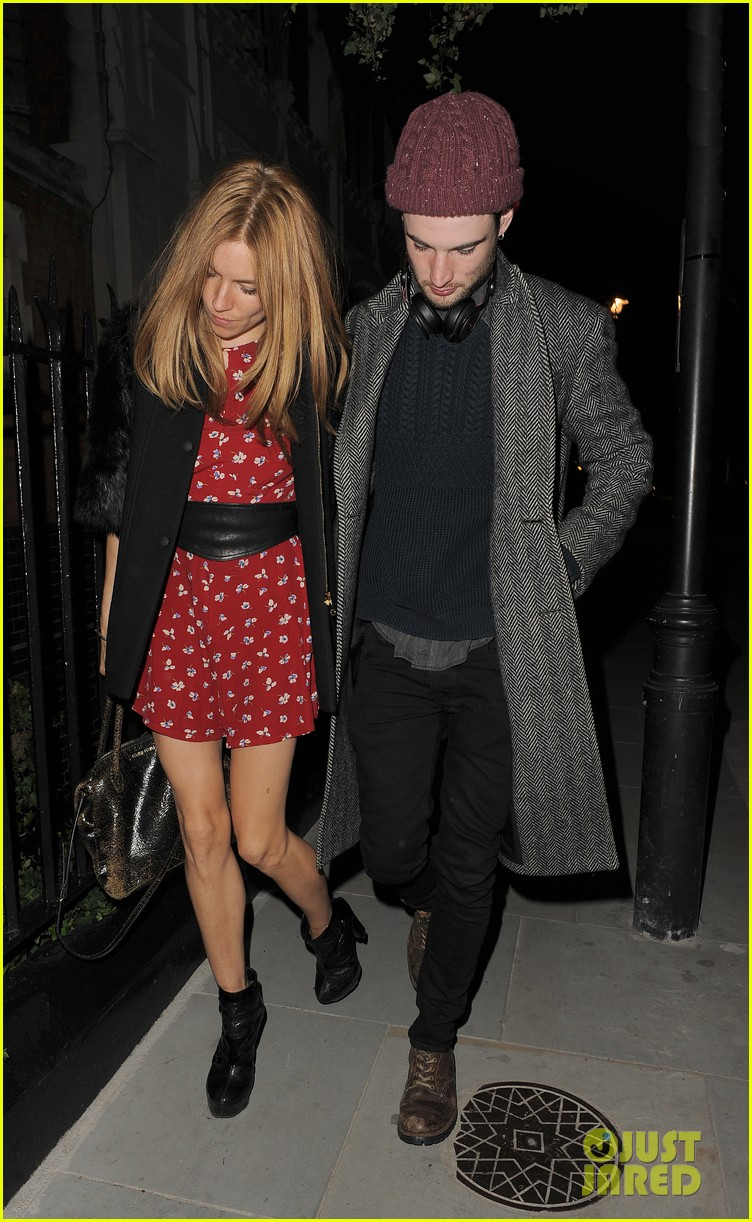 sienna miller tom sturridge date night in london 103129779