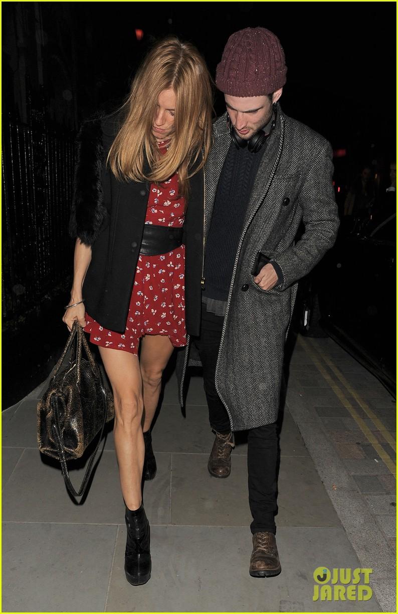 sienna miller tom sturridge date night in london 113129780