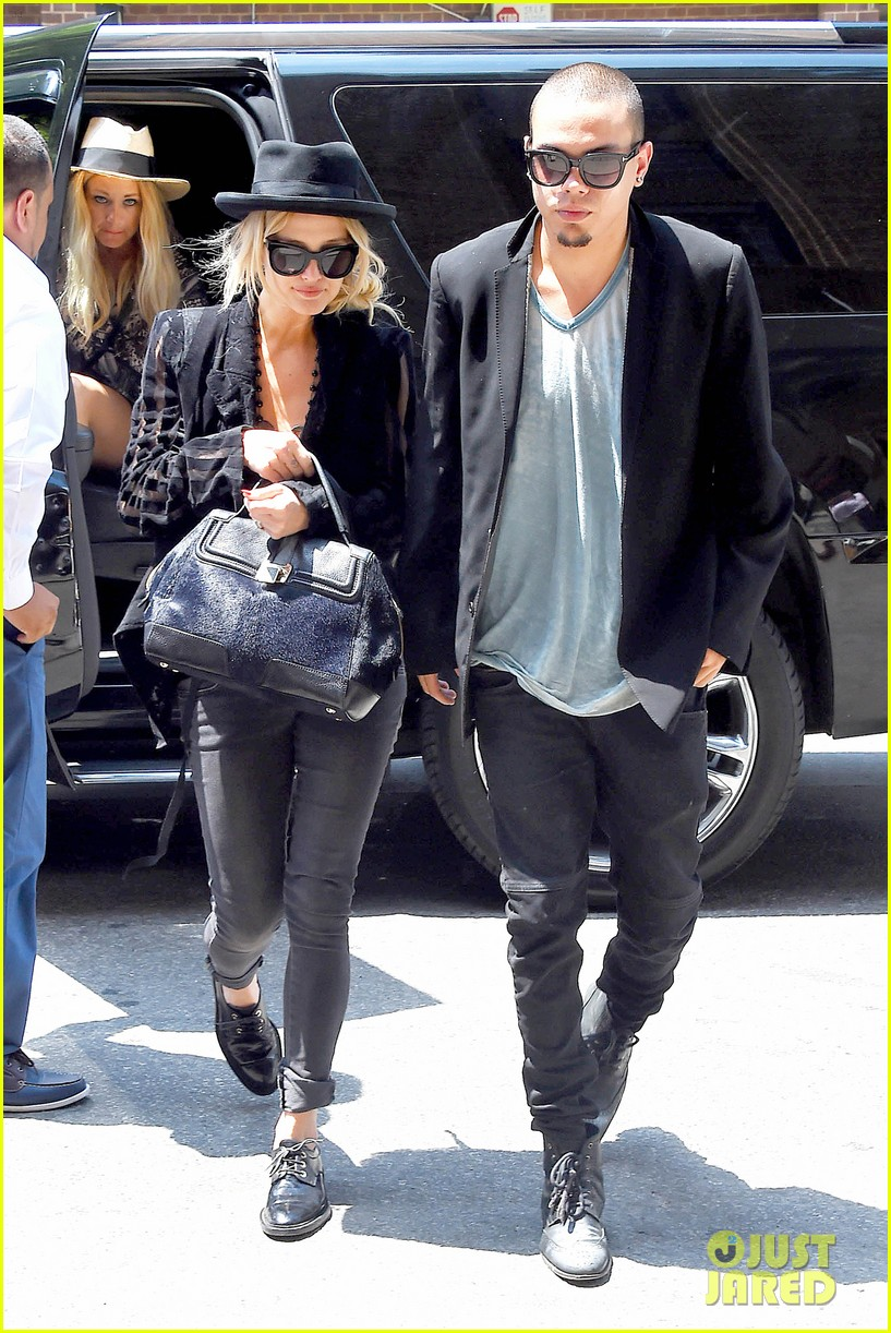 ashlee simpson evan ross say goodbye to new york city 063143900