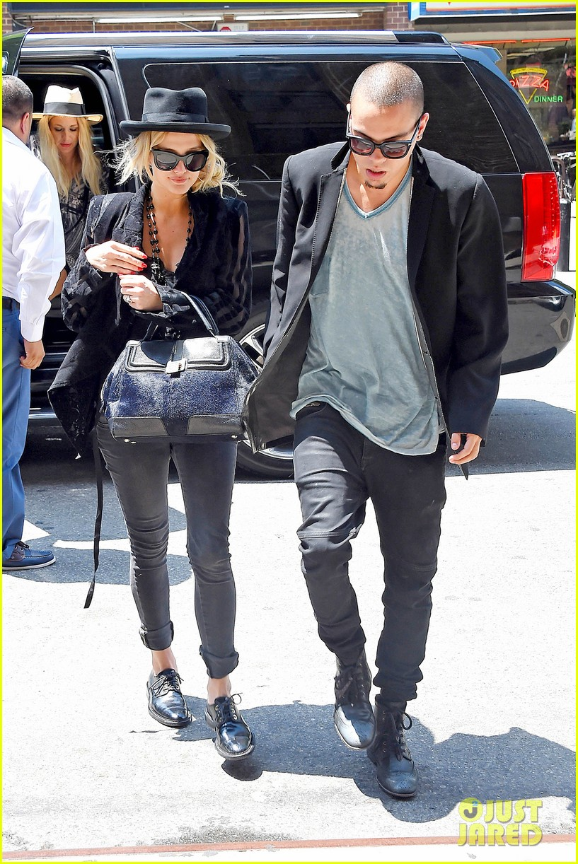 ashlee simpson evan ross say goodbye to new york city 073143901