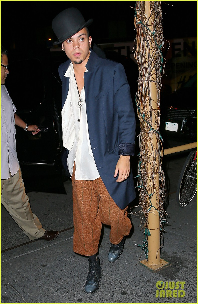 ashlee simpson evan ross say goodbye to new york city 12