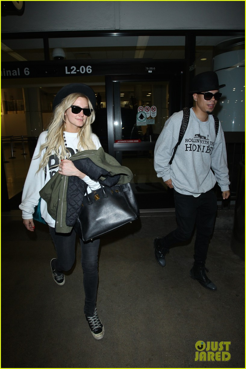 ashlee simpson evan ross say goodbye to new york city 153143909