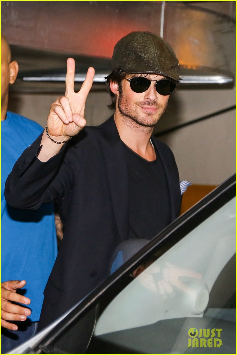 ian somerhalder tells his brazilian fans to stop screaming 013125600