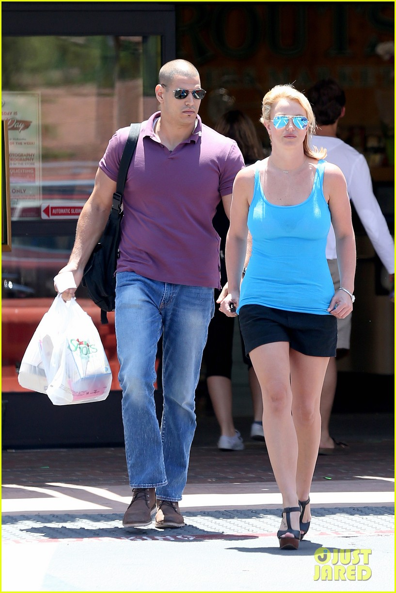 britney spears her boys are ready for summer 103143300