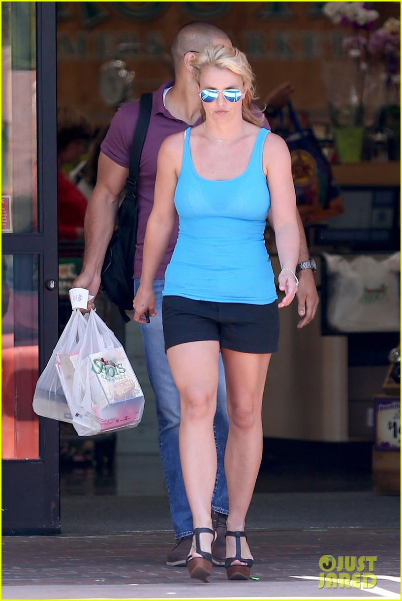 britney spears her boys are ready for summer 273143317