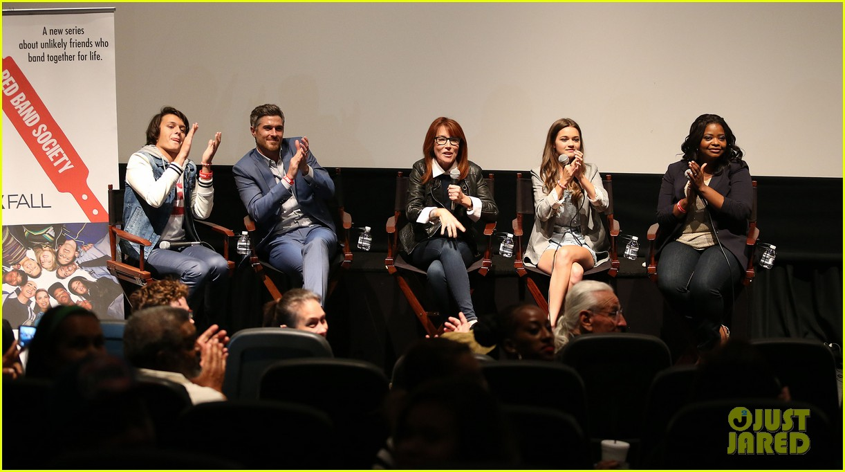 octavia spencer joins red band society cast at special l a screening 023143666