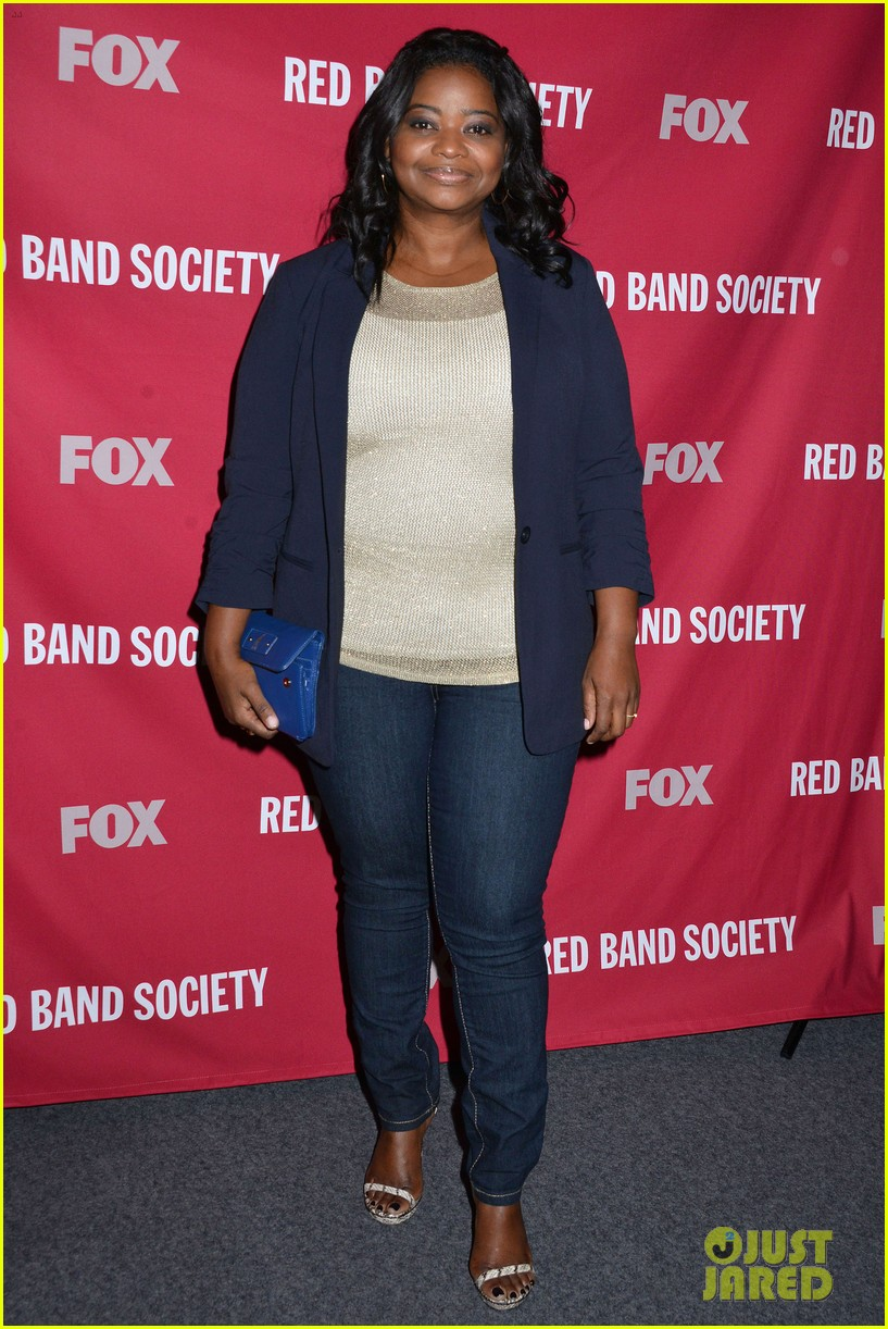 octavia spencer joins red band society cast at special l a screening 043143668