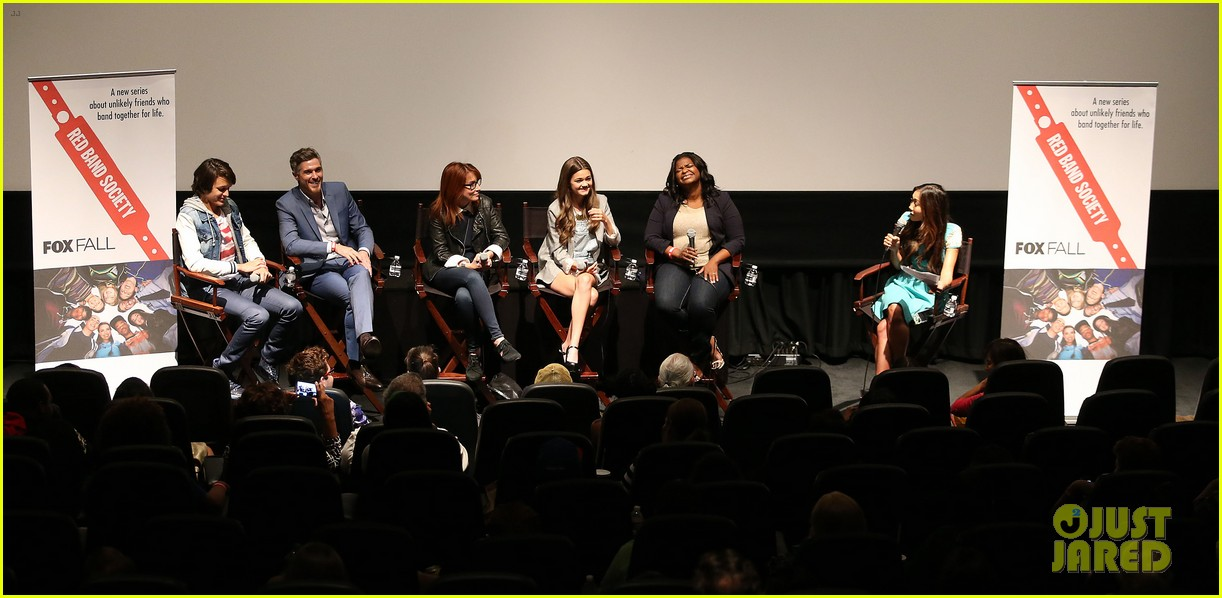 octavia spencer joins red band society cast at special l a screening 07