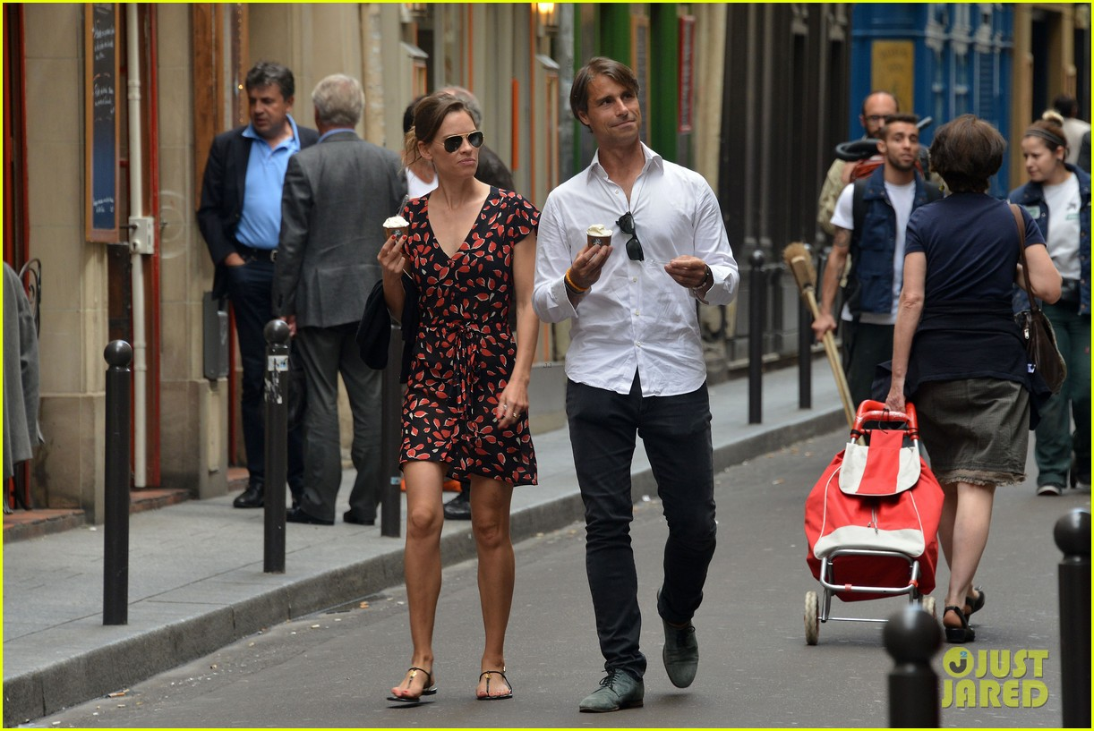 hilary swank boyfriend laurent fleury cool down glace 13