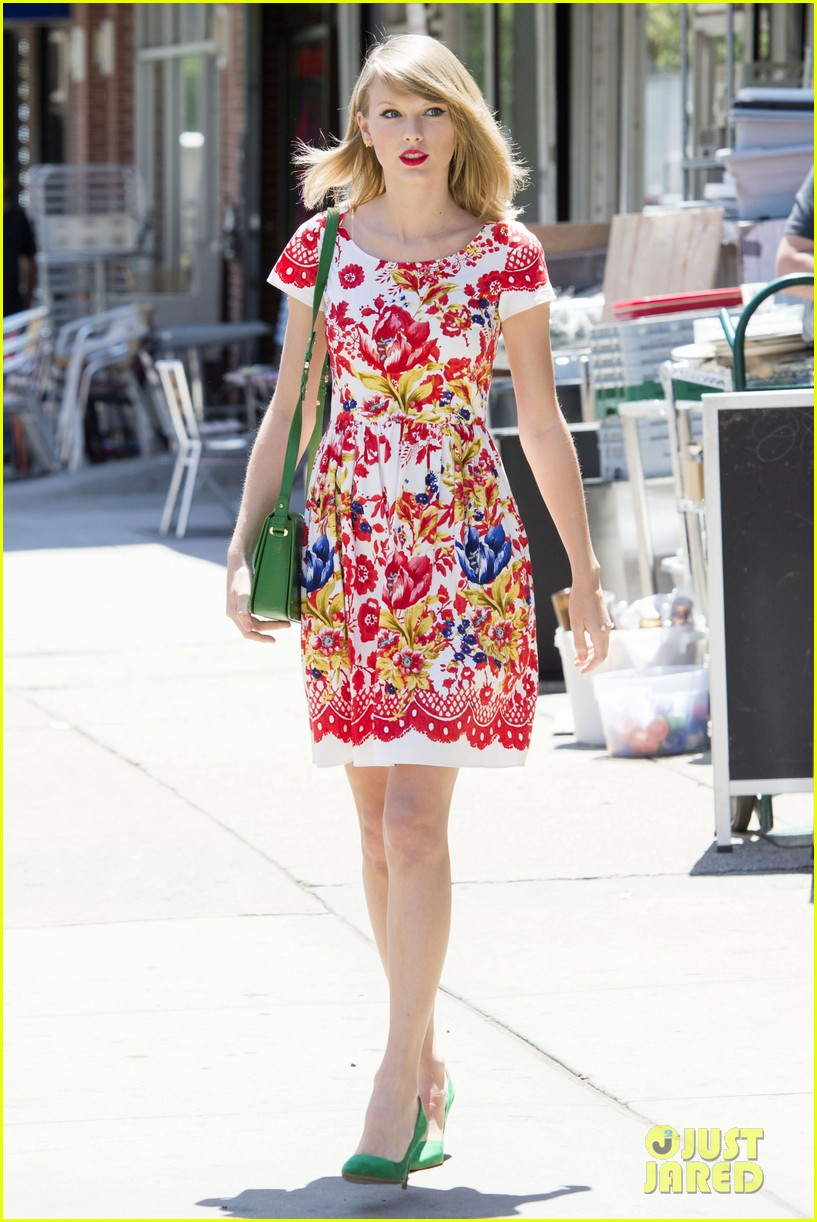 taylor swift wildflower dress young fans nyc 123140043