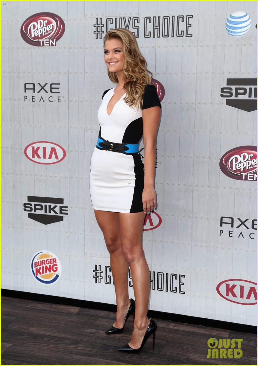 sports illustrated swimsuit models guys choice awards 133130788