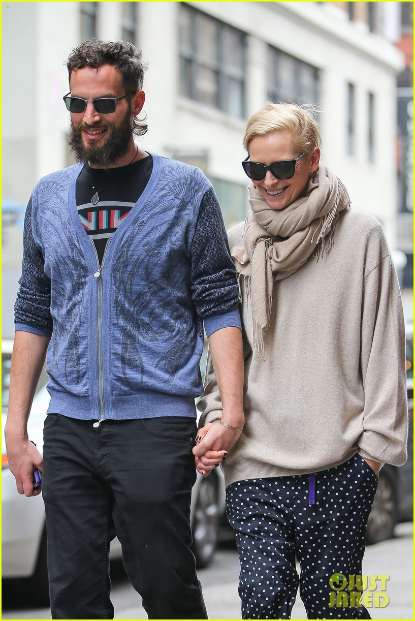 tilda swinton ditches her makeover for day out with sandro kopp 02