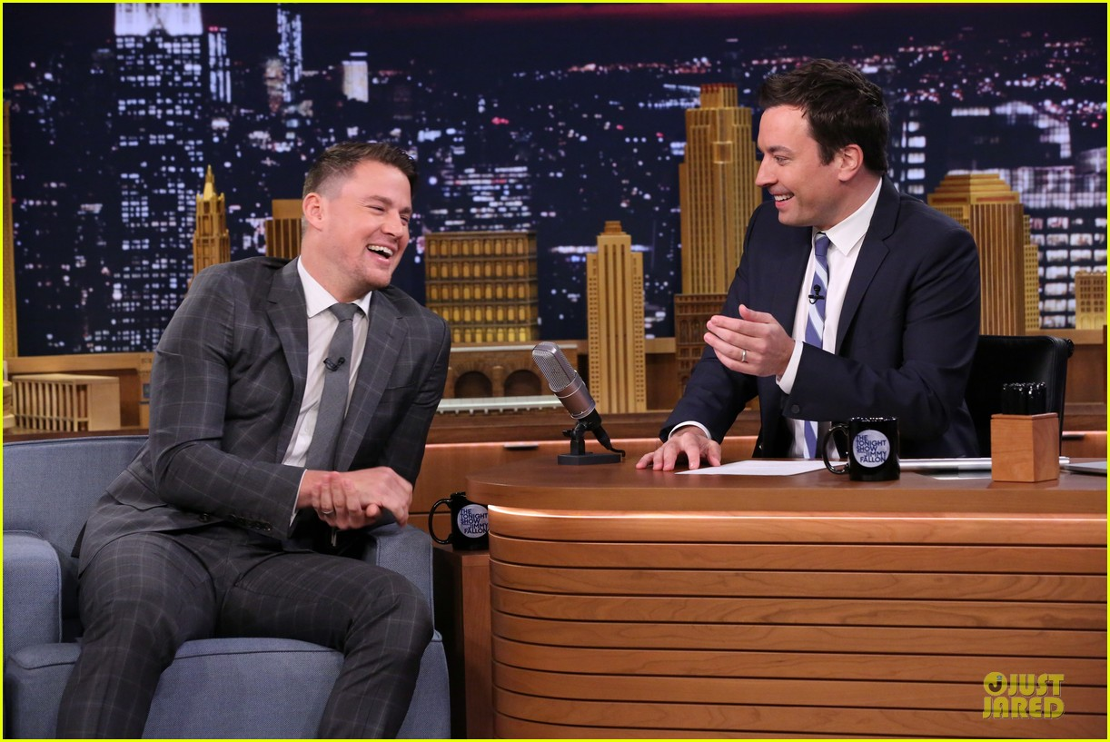 channing tatum wins arm wresting match 033130246