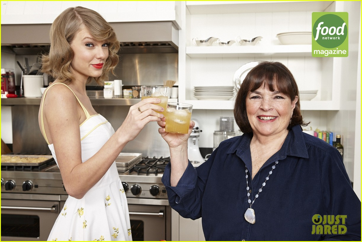taylor swift bakes ina garten food network magazine 053137622