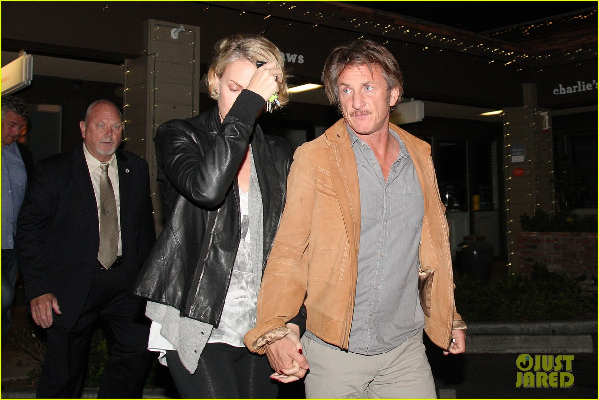 charlize theron on dating sean penn its nice to not be single 073126551