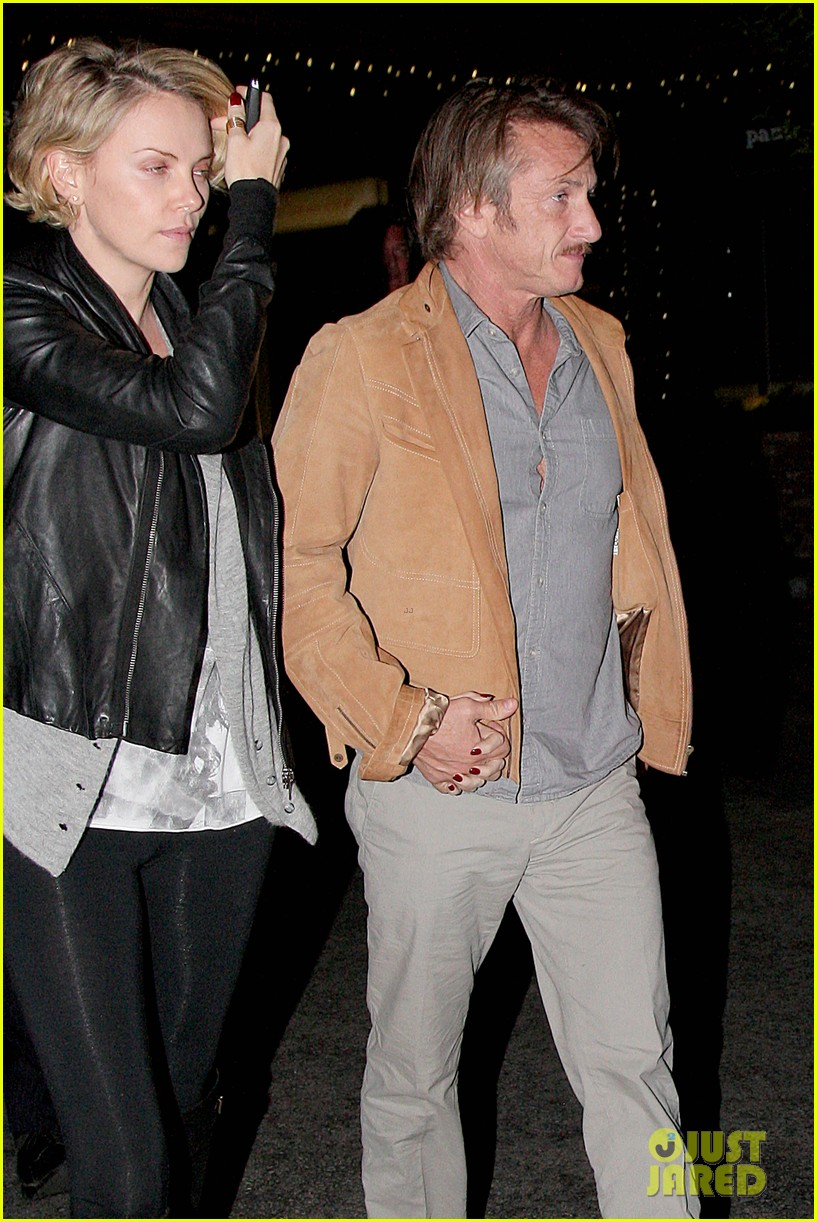 charlize theron on dating sean penn its nice to not be single 083126552