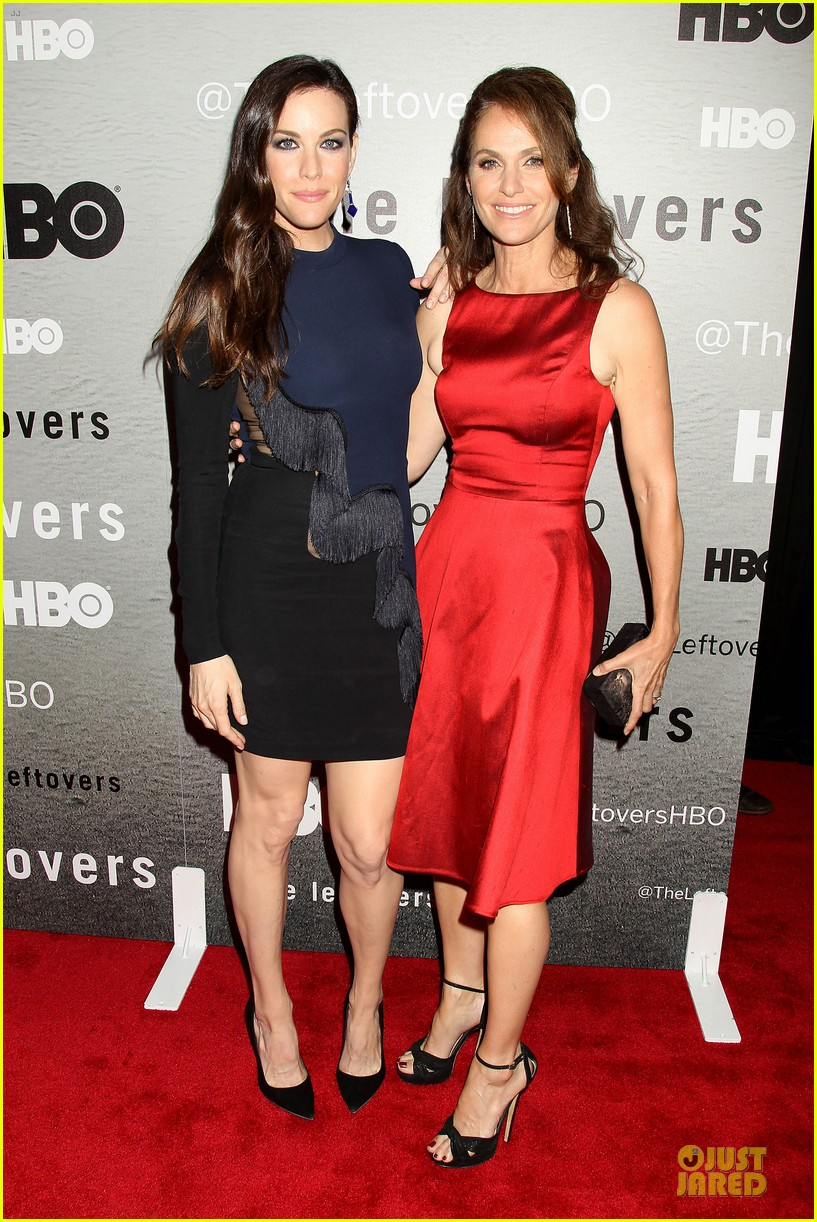 liv tyler amy brenneman stunning at leftovers premiere 013142156