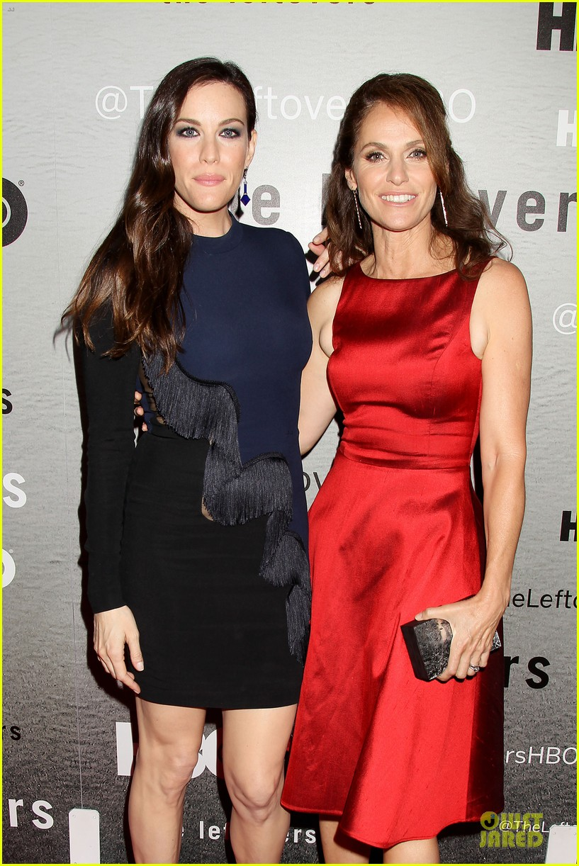liv tyler amy brenneman stunning at leftovers premiere 023142157