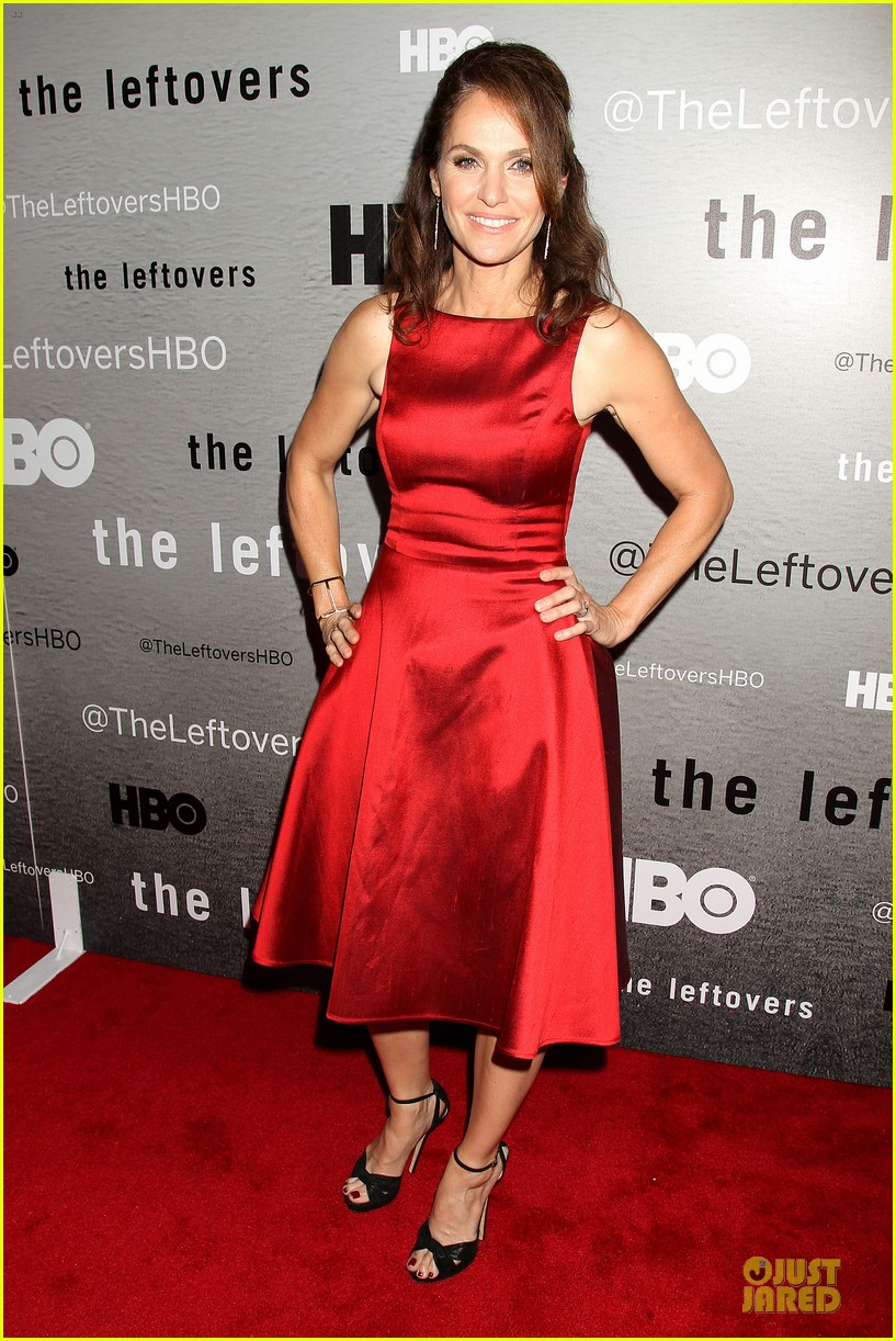 liv tyler amy brenneman stunning at leftovers premiere 123142167