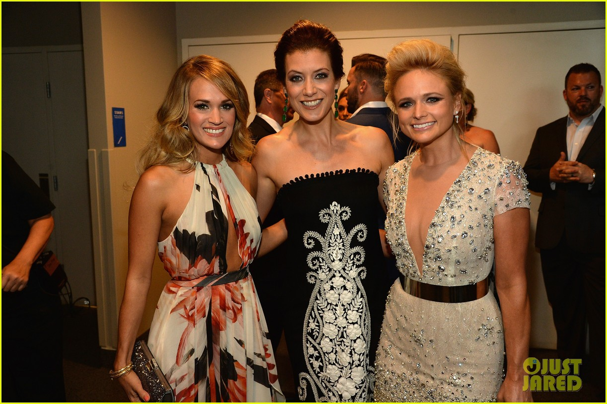carrie underwood miranda lambert cmt music awards 2014 083128353