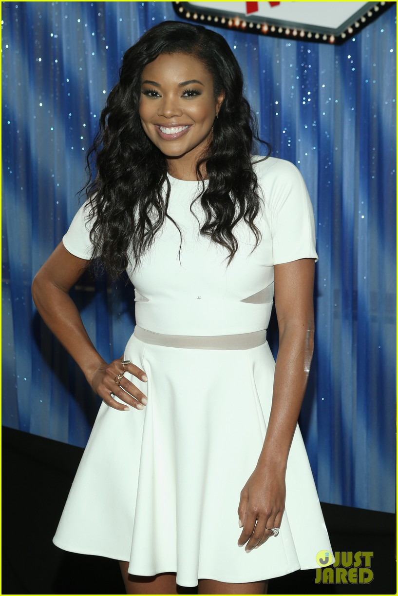 gabrielle union meagan good are fierce ladies at think like a man too 033131667