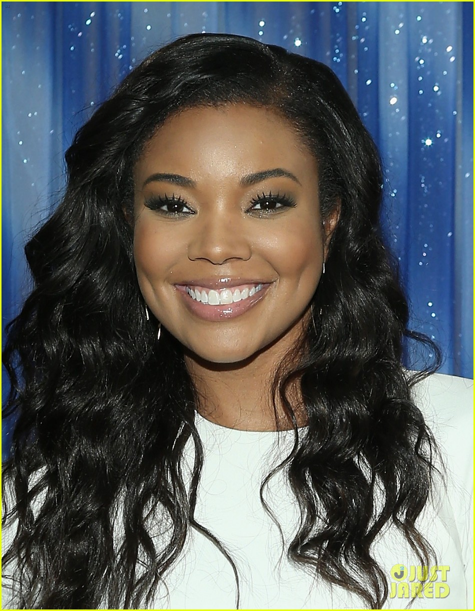 gabrielle union meagan good are fierce ladies at think like a man too 093131673
