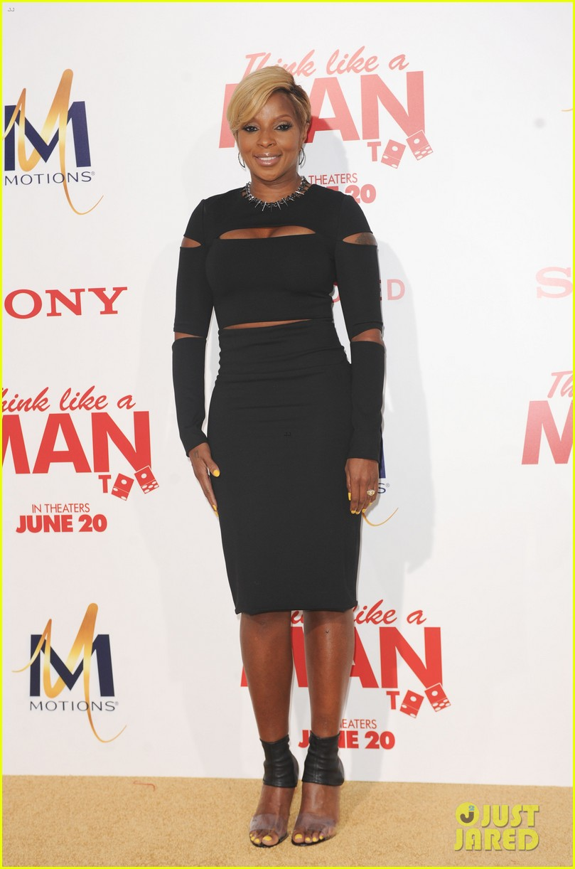 gabrielle union meagan good heat up the think like a man too premiere 103132326