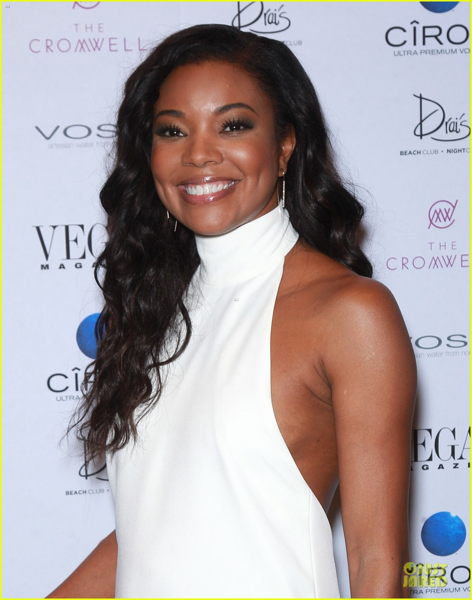 gabrielle union sexy back at vegas cover party 023130978