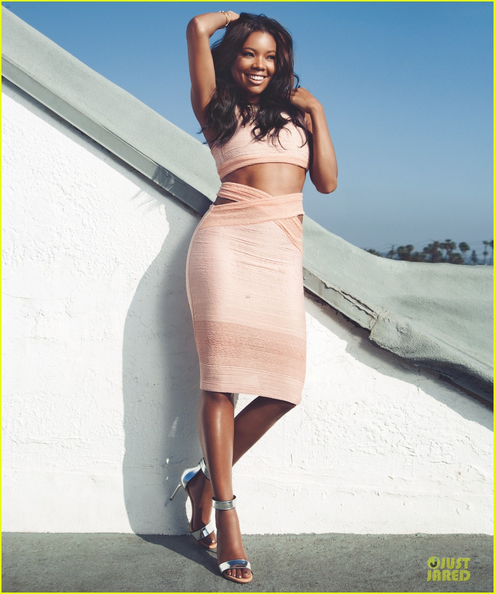 gabrielle union sexy back at vegas cover party 053130981