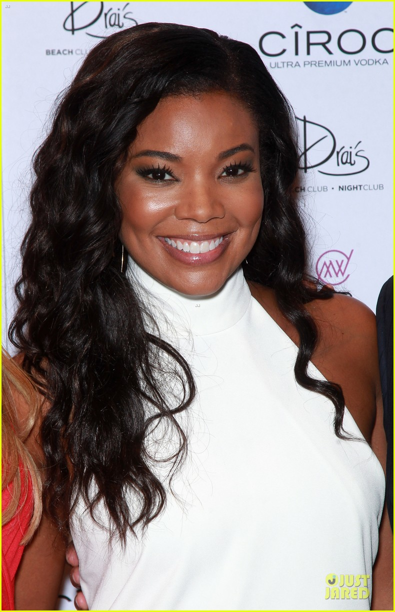 gabrielle union sexy back at vegas cover party 163130992