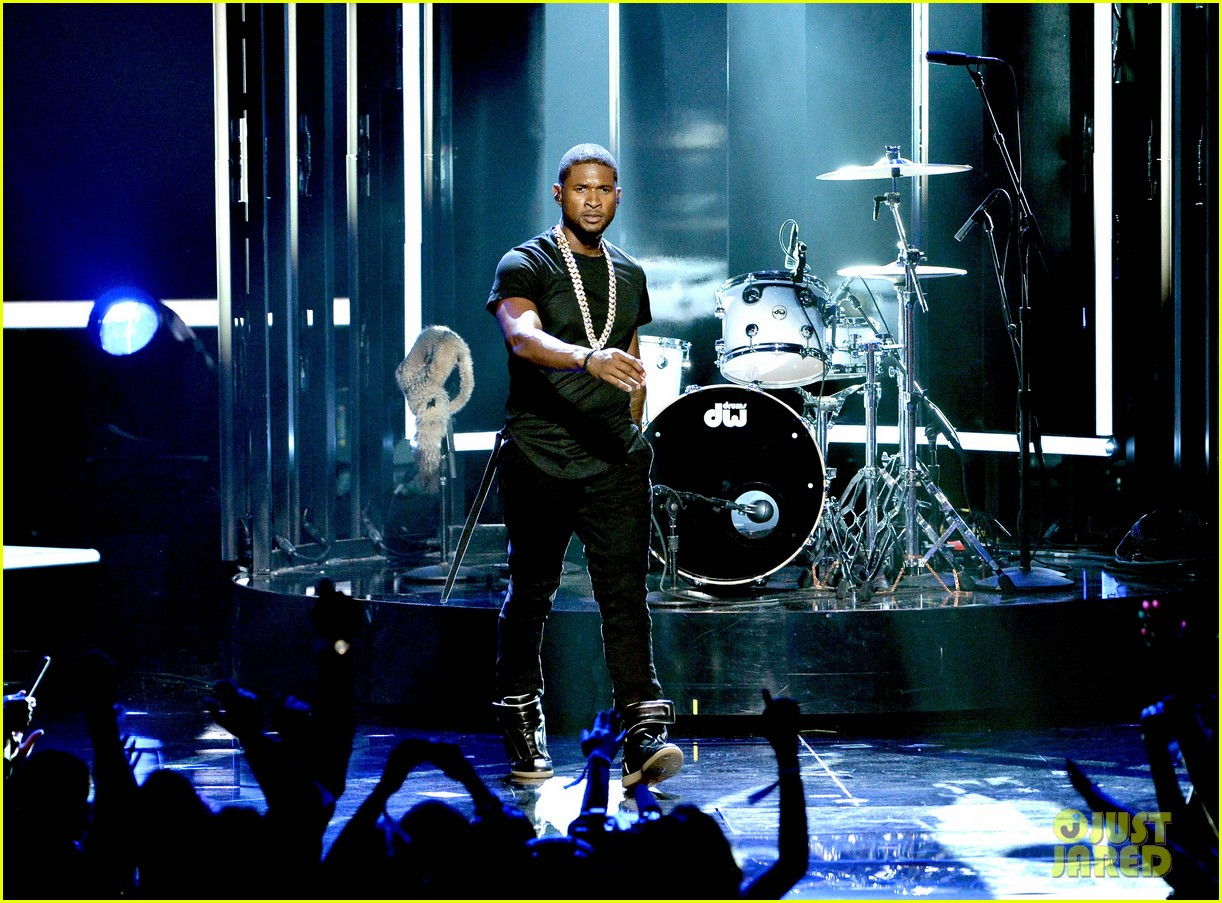 usher bet awards 2014 13