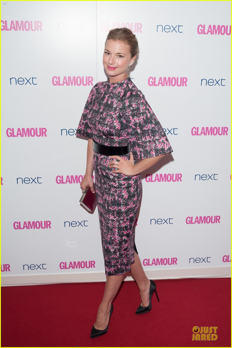 emily vancamp taylor schilling glamour women of the year awards 113127604