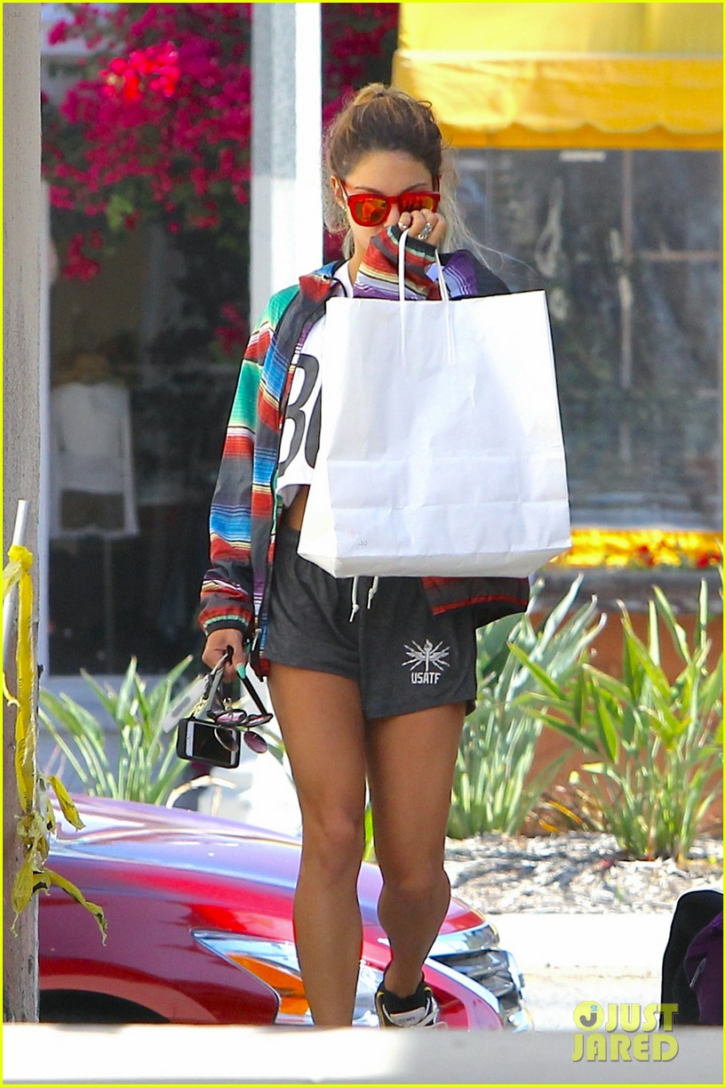 vanessa hudgens boss tee bag face 033126557