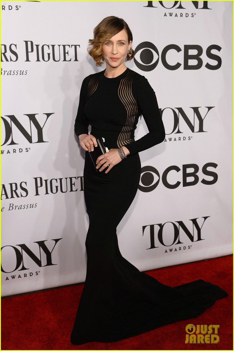 vera farmiga tony awards 2014 red carpet 01