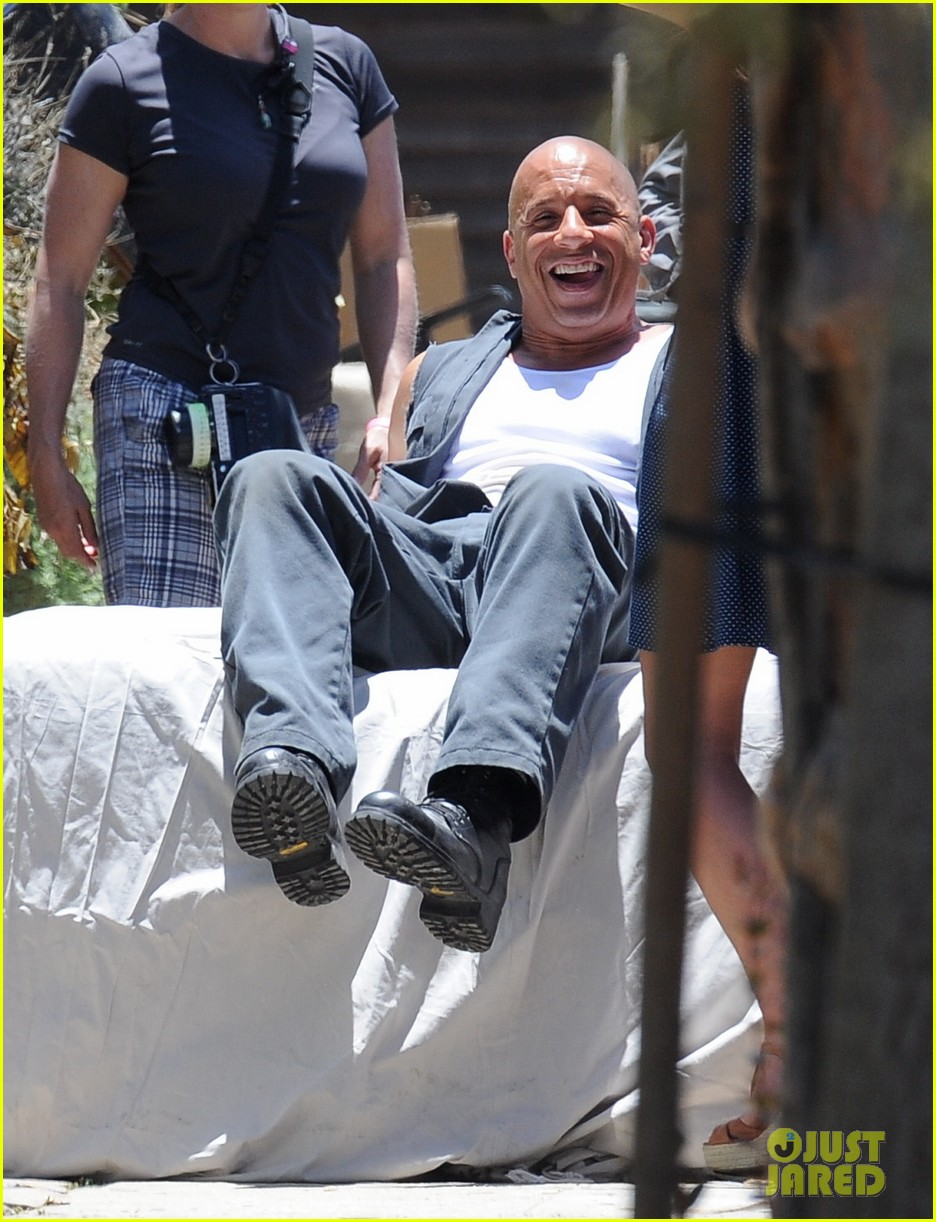 vin diesel does some fiery stunt work for fast furious 7 013128904