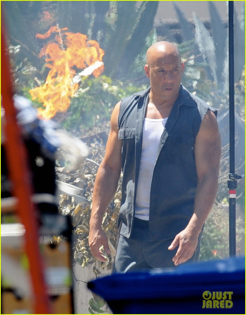 vin diesel does some fiery stunt work for fast furious 7 023128905