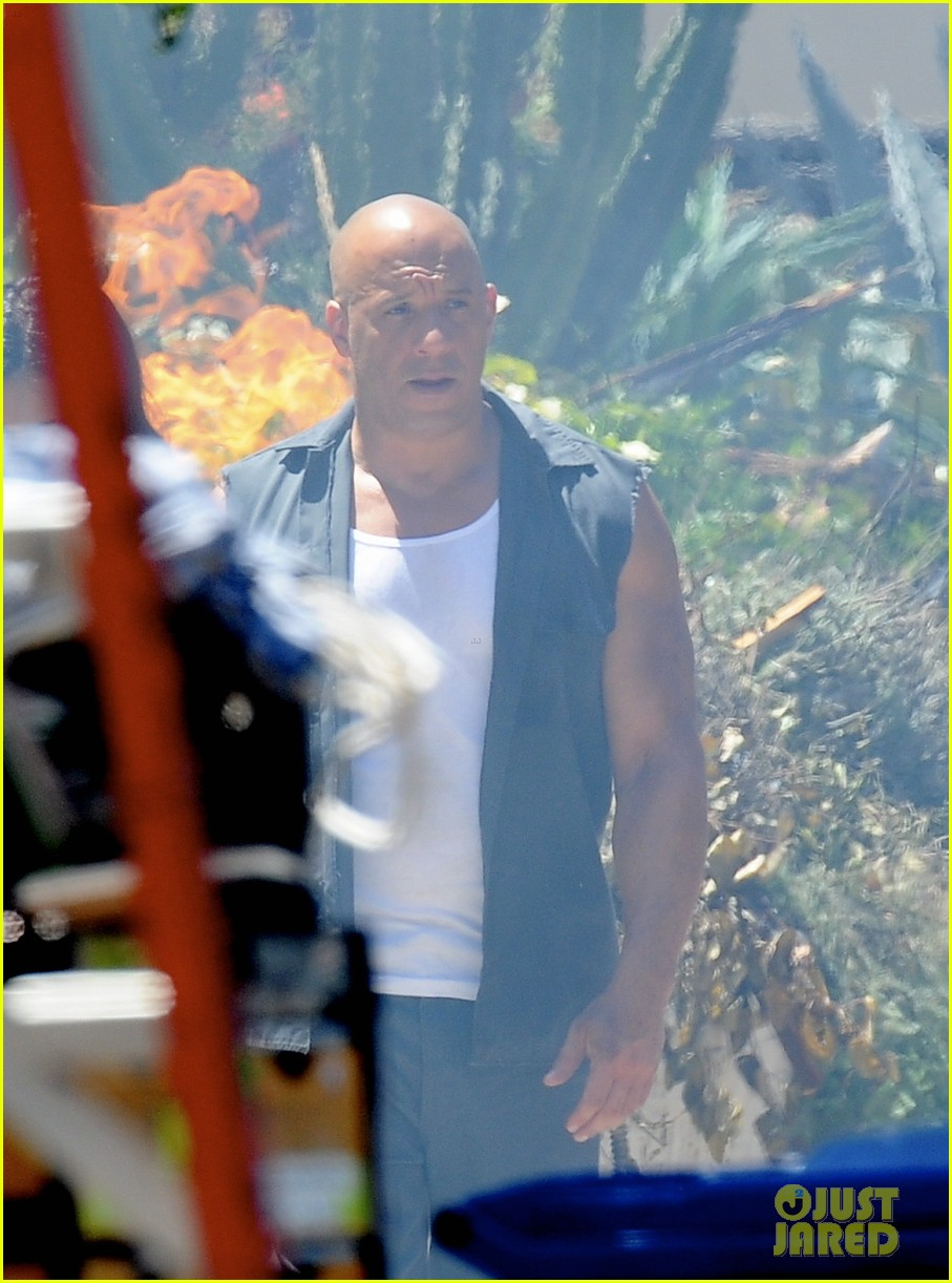 vin diesel does some fiery stunt work for fast furious 7 083128911