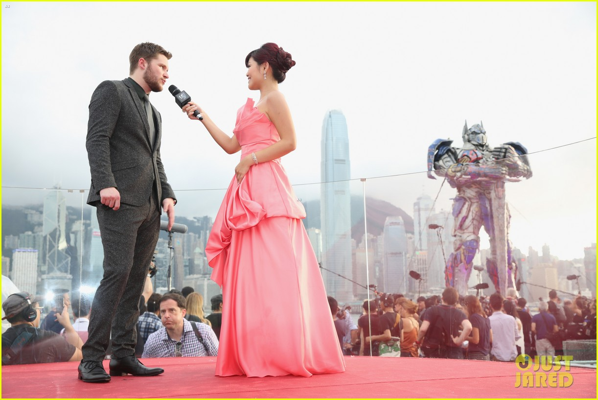 Mark Wahlberg & Jack Reynor Suit Up for \'Transformers 4\' Premiere in ...