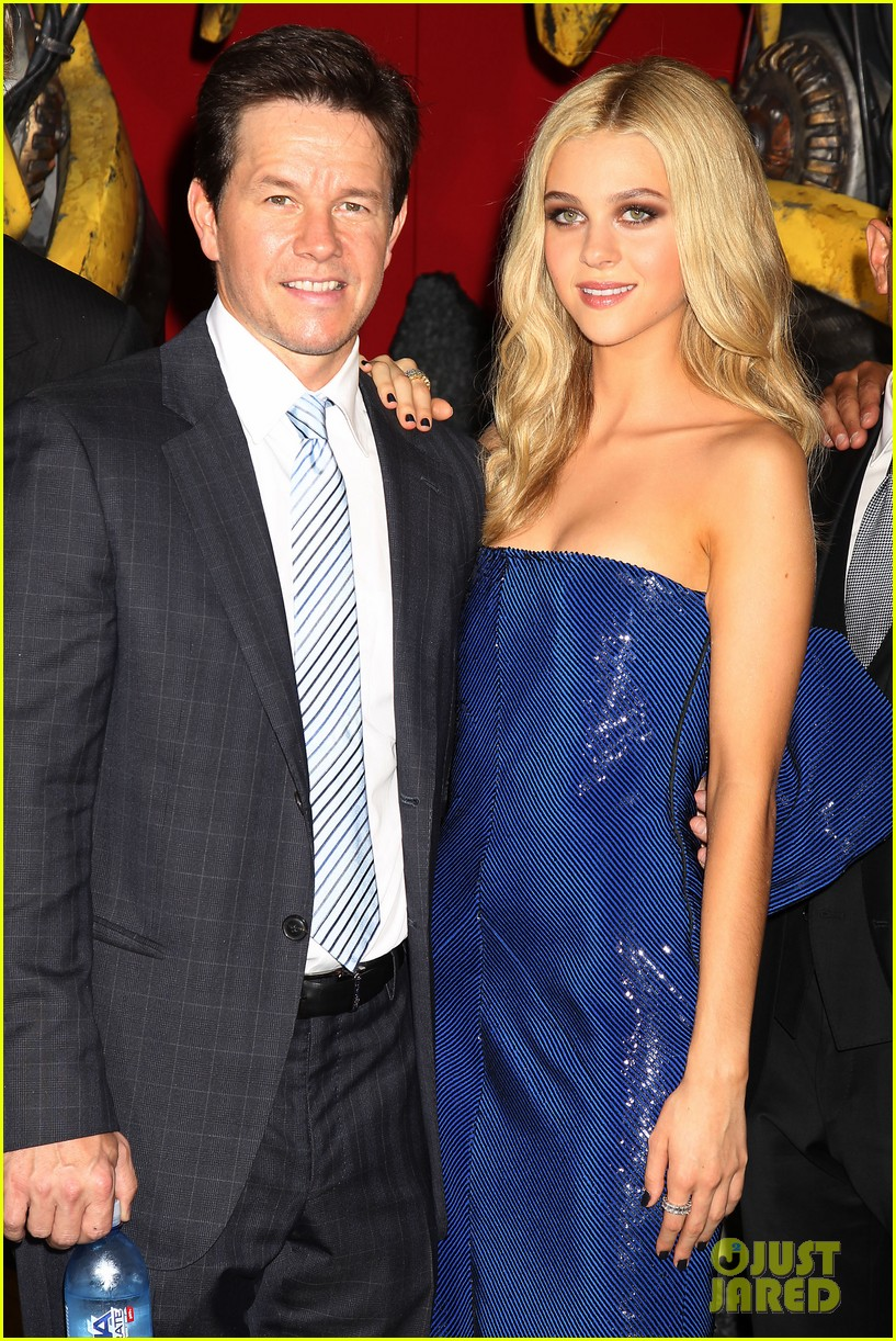 mark wahlberg brings the family to transformers nyc premiere 203143440
