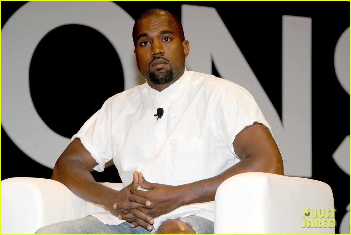 kanye west trashes annie leibovitz for bailing on wedding 143137247