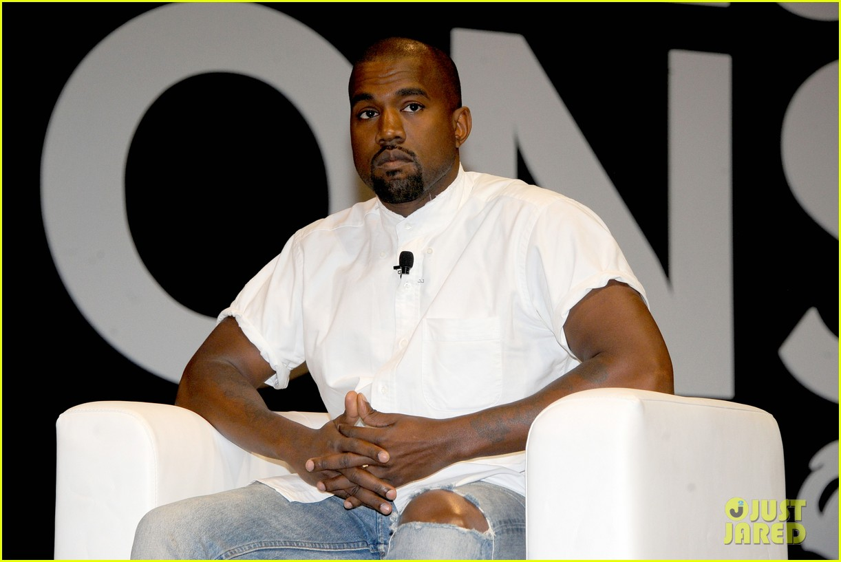 kanye west trashes annie leibovitz for bailing on wedding 163137249