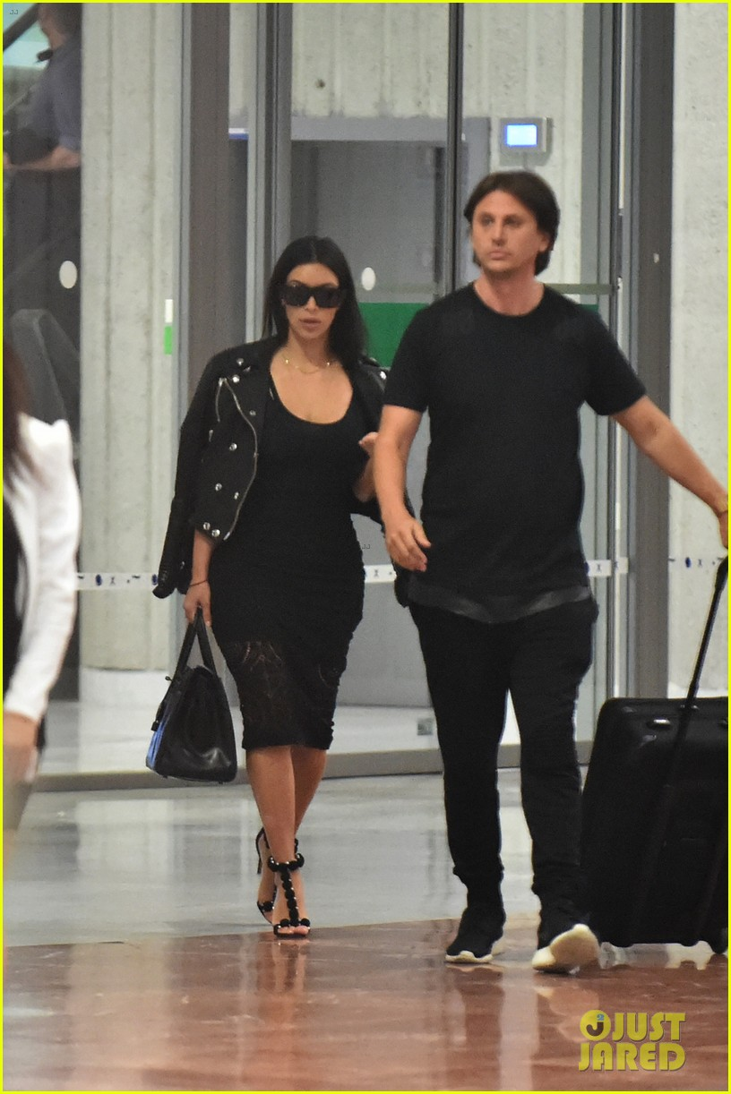 kim kardashian lands in nice while kanye west flies out 043138111