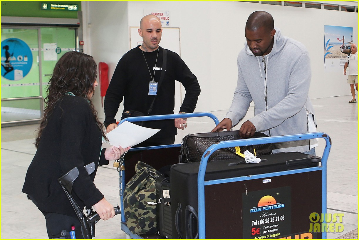 kim kardashian lands in nice while kanye west flies out 173138124